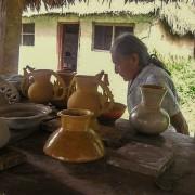 Abuelita chazutina y artesanías