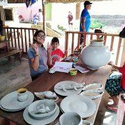 Jóven y niño en Wasichay