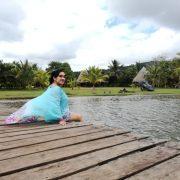 Turista en la Laguna Azul